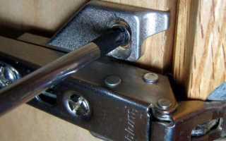 Как отрегулировать навесы на шкафу?