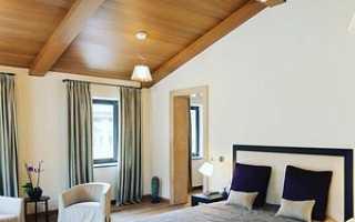 Потолок деревянный в квартире