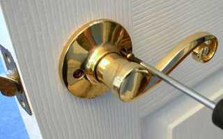 Как врезать ручку в межкомнатную дверь?