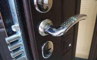 Как снять ручку с железной входной двери?